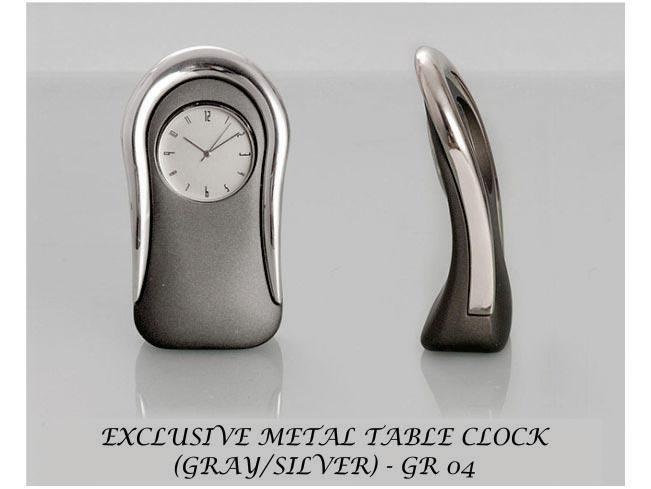 GR04 - Exclusive metal table clock Gray/Silver
