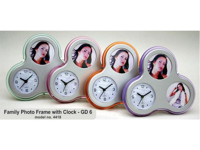GD06 - Family Photo Frame With Clock (Flower Shape)