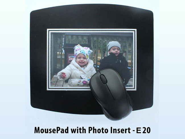Mouse pad with paper insert - E20