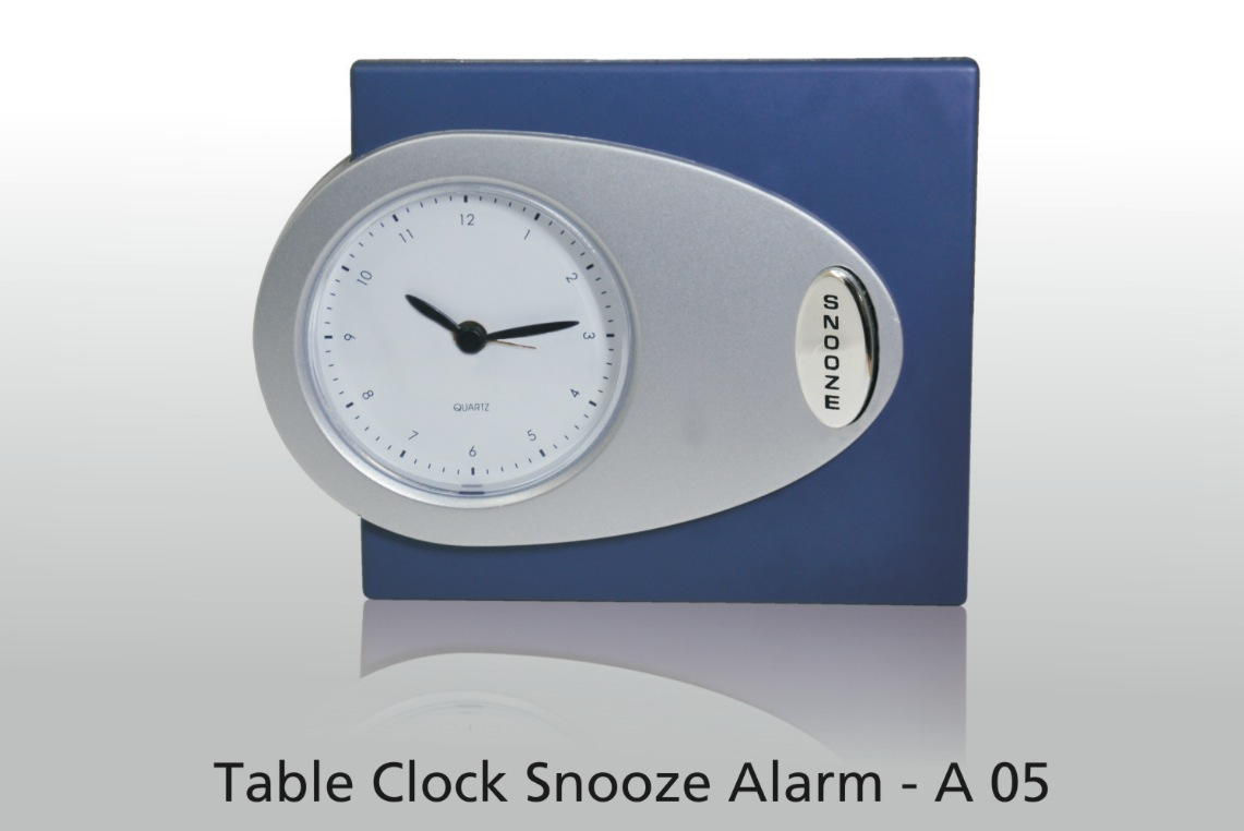 A05 - Table Clock Snooze Alarm