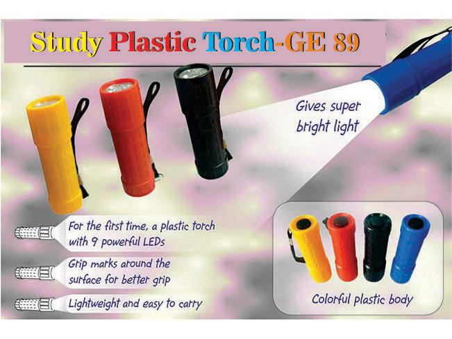 GE89 - Sturdy Plastic Torch (9 LED)