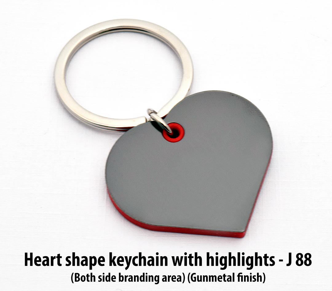 J88 - Heart shape keychain with highlights
