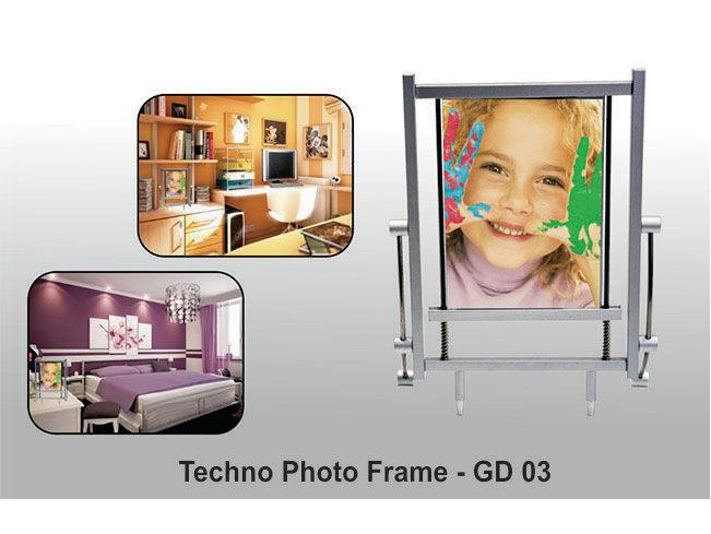 GD03 - Techno Photo frame (metal)